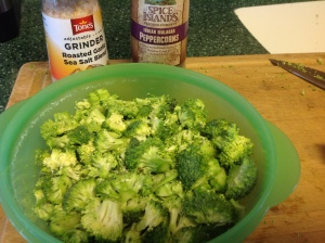 2 crowns chopped broccoli